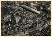 "Luftschiff ""Graf Zeppelin"" über Danzig : Fliegeraufnahme [Dokument ikonograficzny]"