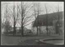 [28. 2. 1926 Danzig. Kleines Zeughaus am Wallplatz mit in der Nähe stehendem altem Gebäude