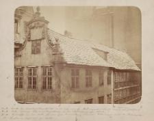 Fronte des Kapellenseitengebäudes an der Ecke der Kl. Krämergasse, Fronte nach d. heil. Geistgasse [...]